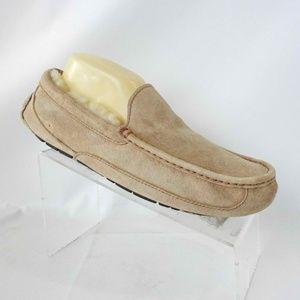 UGG 5775 Size 10 Tan Slip On Slipper Mens Shoes